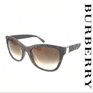NWOT Burberry B4219 3578/13 Brown Sunglasses